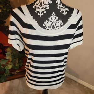 Torrid Relaxed Fit Pullover Tee Sz 00 / M/L